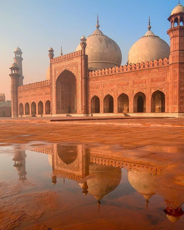 Badshahi Mosque Wonder of Mughal Era