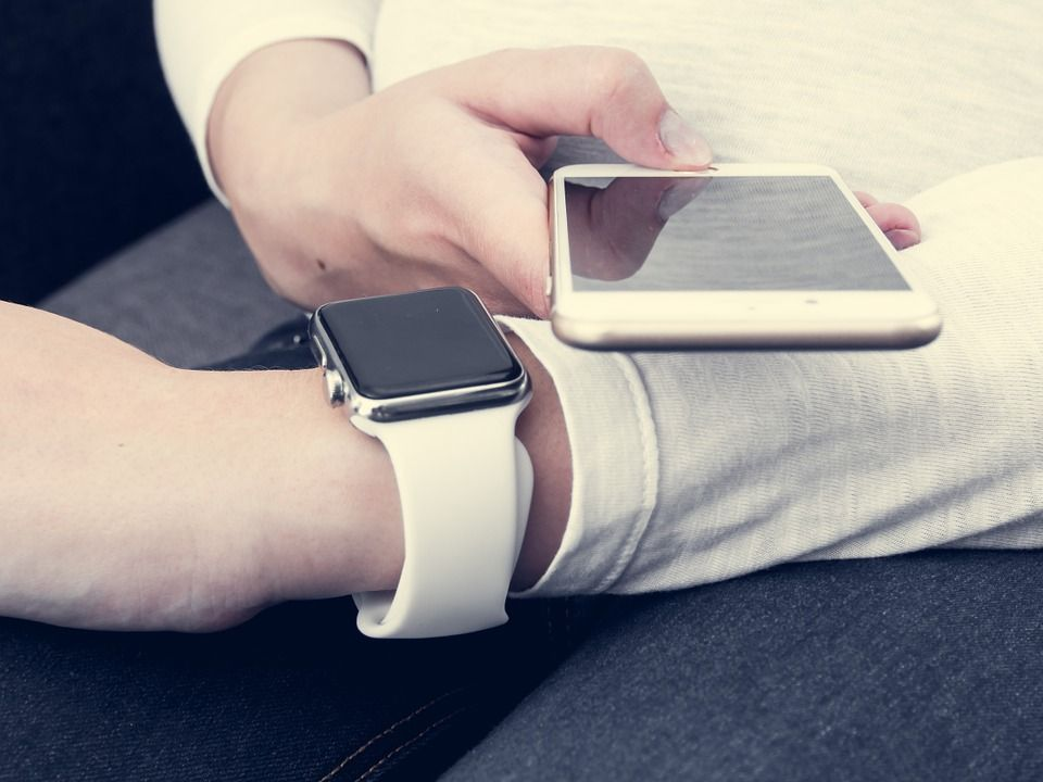 Connecting Smart Watch with Mobile Phone
