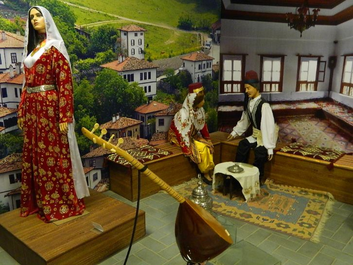 Lok Virsa Museum - one of the places to visit in Islamabad | Blurbgeek