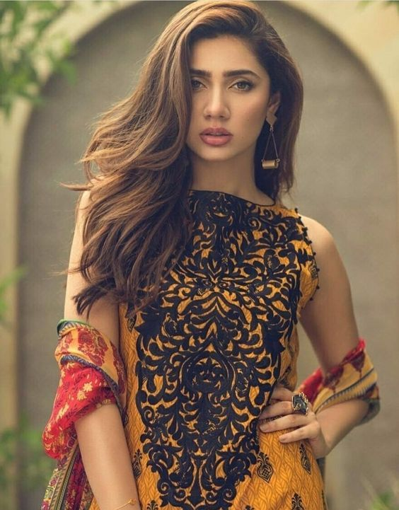 Mahira Khan: Known for her acting and beauty   Posted Posted By Blurbgeek
