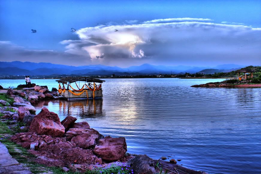 Rawal Lake is one of the places to visit in Islamabad | Blurbgeek