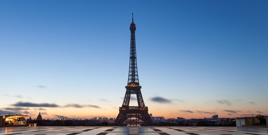 Eiffel Tower - Paris - France | Top 10 beautiful places to visit around the World