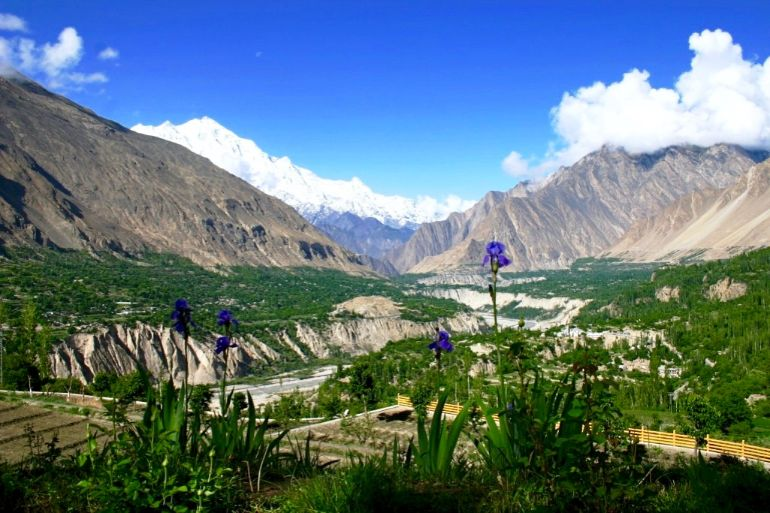 Hunza Valley - Top 10 Places to Visit in Pakistan