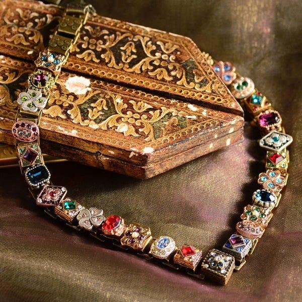 A Beautiful Carcanet - Jewelry