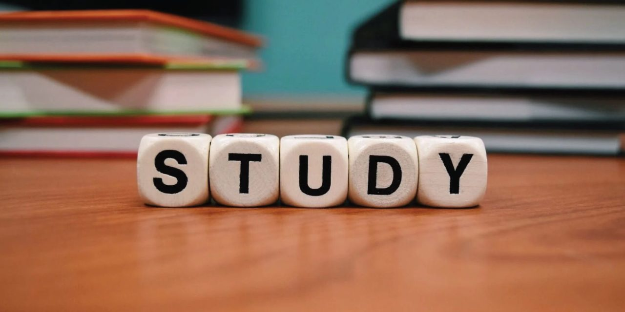 How to Focus more on Studies and Avoid Distractions