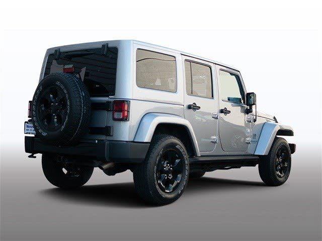 Jeep Wrangler Altitude Heavy Duty Vehicle   Blurbgeek