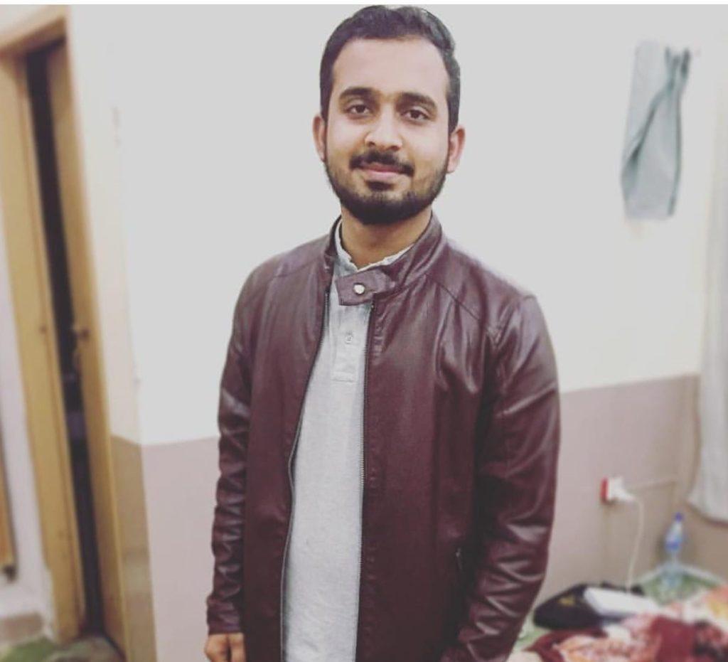 Haseeb Ahmed - Gadgets Reviewer | Blurbgeek