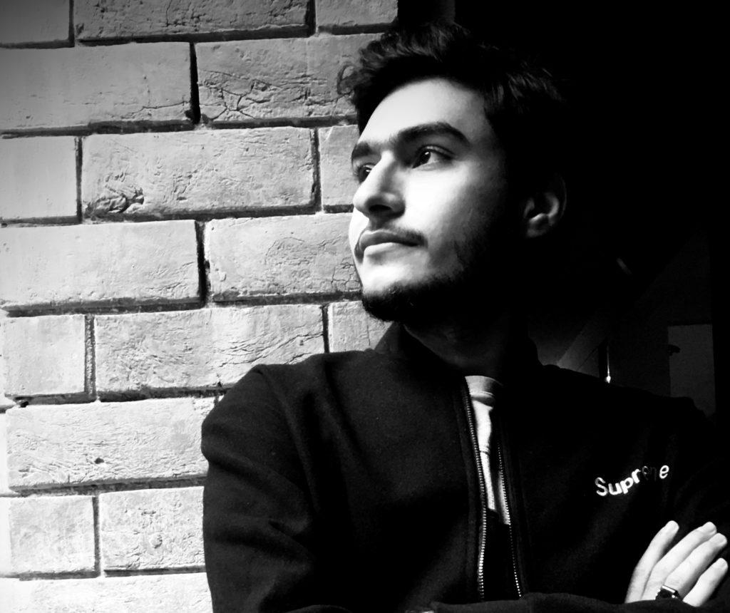 Umer Raza - Founder | Blurbgeek